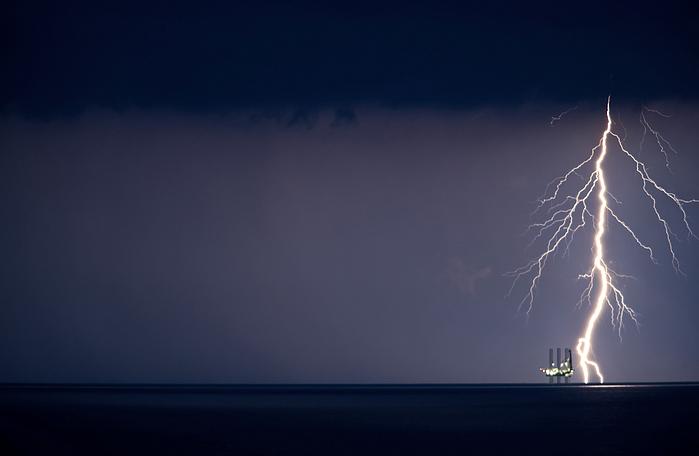 Oil Rig Safety, Offshore Lighting Protection, Lightning strikes Oil Rig, Lightning Protection, Lightning Prevention, Oil Rig Safety, Offshore safety, Lightning, Oil and Gas, Oil Exporation